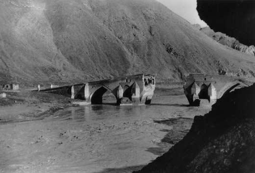 En route vers Téhéran, 1953 - photo de Nicolas Bouvier