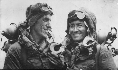 Tension sur l'Everest – exploration de failles culturelles entre Sherpas et Européens