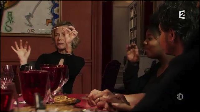 """""""Alors, une fourchette, ça se tient comme ça"""""""